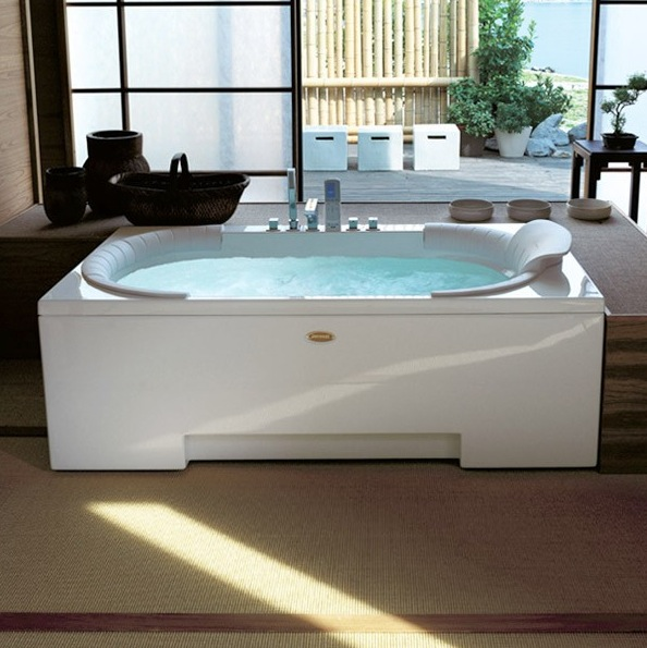 Jacuzzi J.Sha Mi 1800 Whirlpool Bath - Nationwide Bathrooms