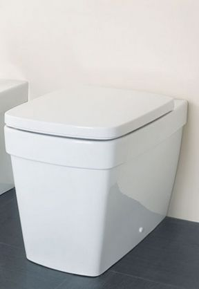 Silverdale Henley Back to Wall WC